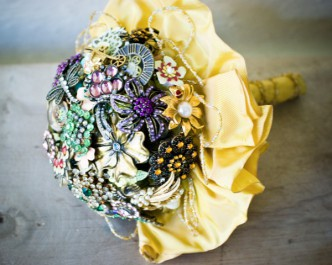 Jewelry Brooch Wedding Bouquet Tutorial