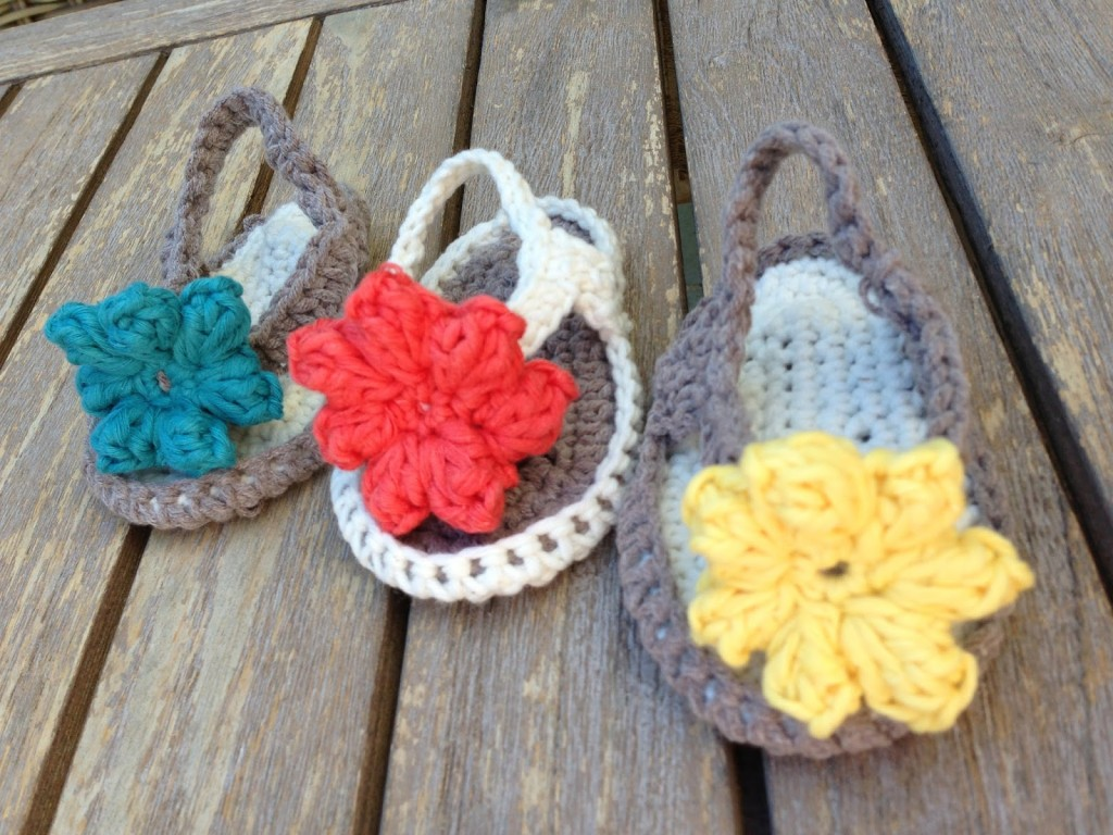 Flower Baby Flip Flop Sandals Crochet Pattern