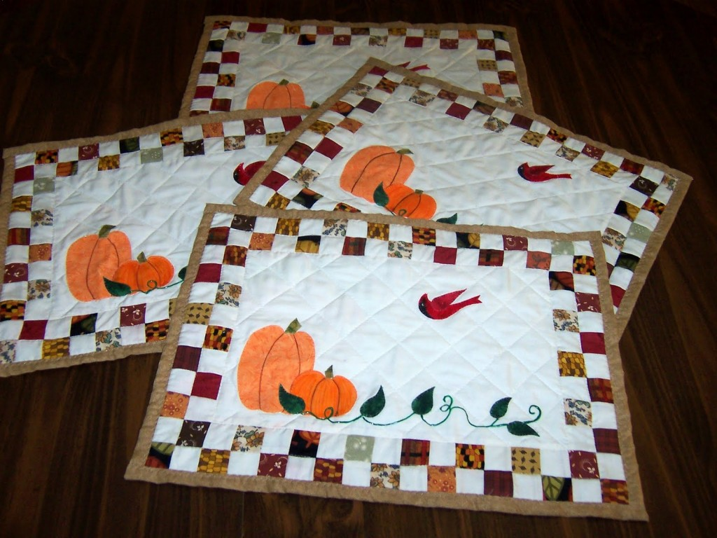 Quilted Fall Placemats Pattern – AllCrafts Free Crafts Update : quilted placemat pattern - Adamdwight.com