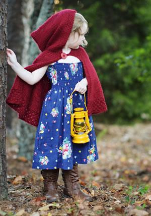 Knitting Pattern For A Little Girl s Cape : Girl s Hooded Cape Knitting Pattern   AllCrafts Free Crafts Update
