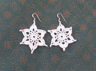 Snowflake Earrings Free Crochet Pattern