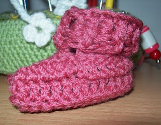 One Piece Wonder Baby Bootie Crochet Pattern