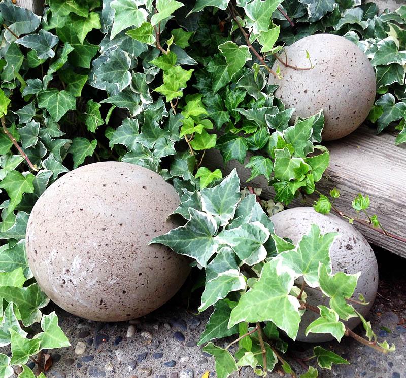 diy concrete garden globes allcrafts free crafts update