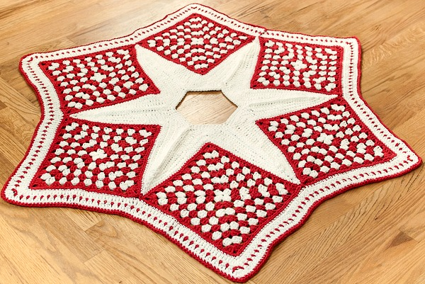 Crochet Christmas Tree Skirt Pattern ? AllCrafts Free ...