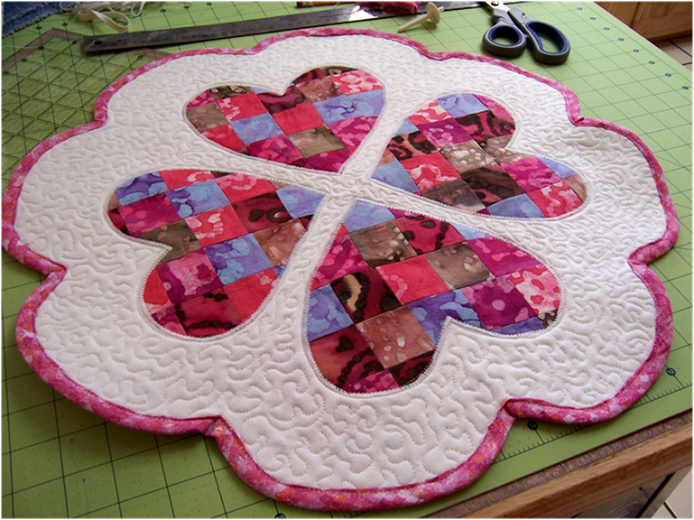 quilted valentine s day table mat allcrafts free crafts