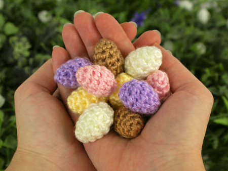 Tiny Eggs Crochet Pattern