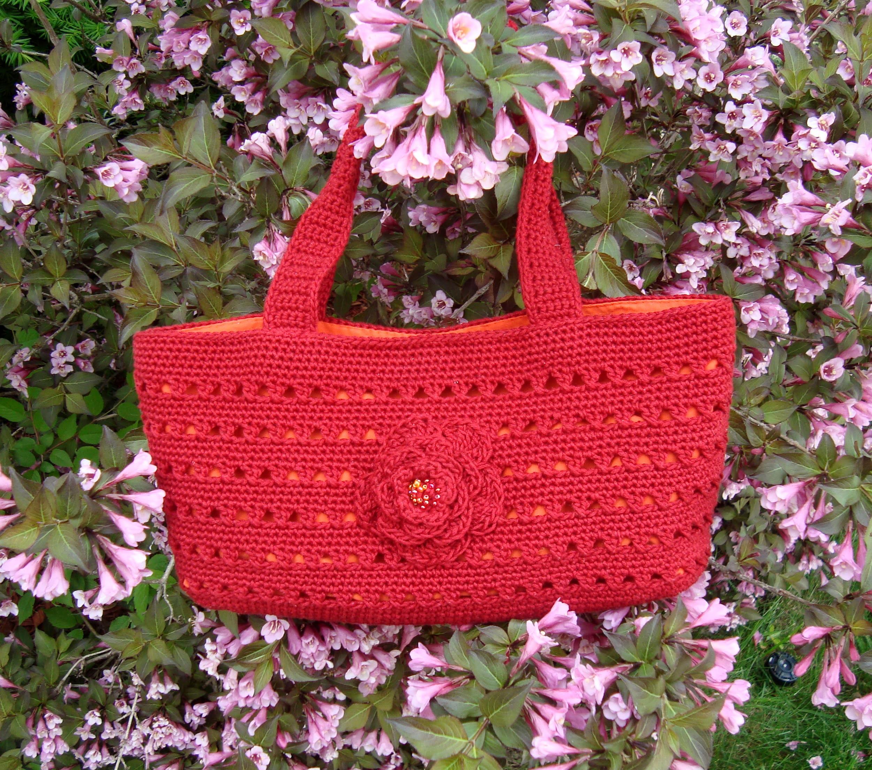 Bloomin' Bag Free Crochet Pattern