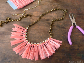 DIY Summer Raffia Necklace