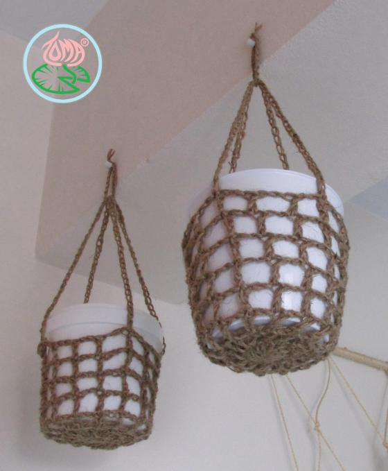 tomacreations-hanging-pot-holders-4