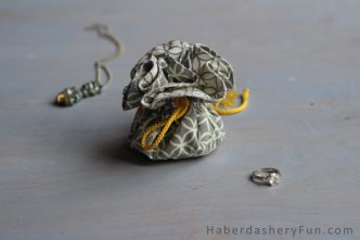 Make A Drawstring Jewelry Pouch
