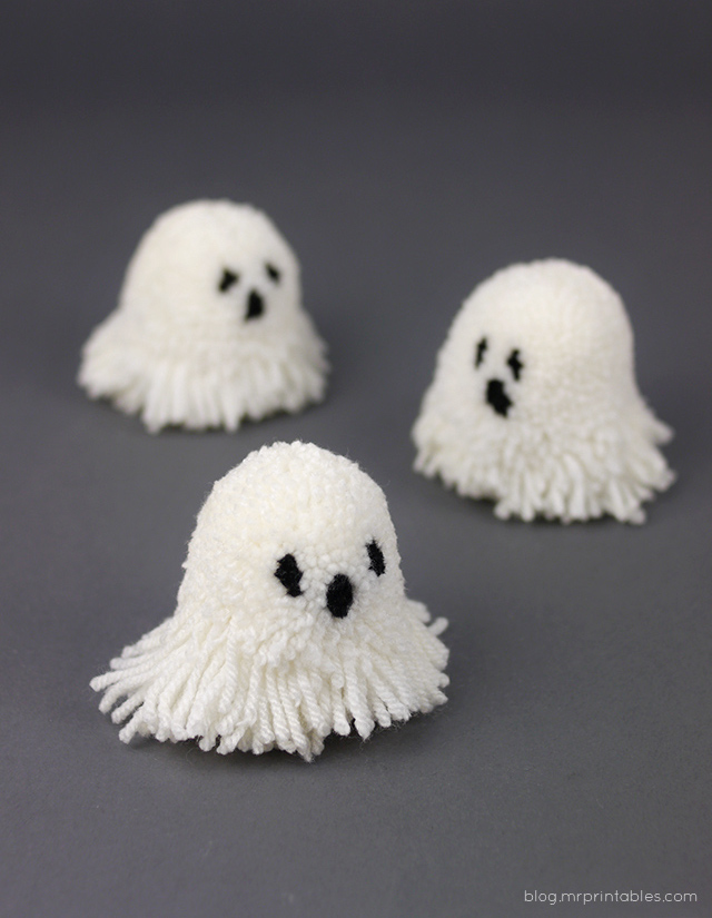Let's Make Halloween Pompoms