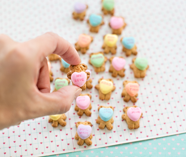 Quick and Easy Valentine's Day Bear Treats – AllCrafts Free Crafts ...