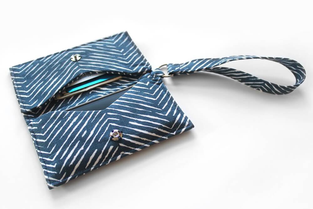 Sew a Phone Wristlet