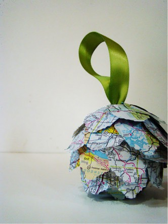 Map Kissing Ball Ornament Tutorial