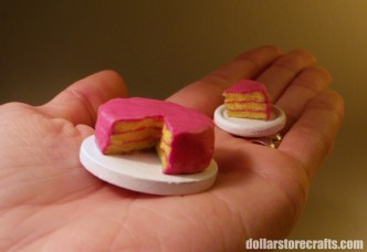Dollhouse Cake Tutorial