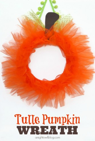 Tulle Pumpkin Wreath Tutorial