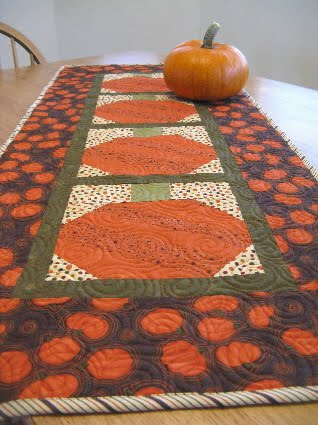 Scrappy Pumpkin Table Runner Tutorial