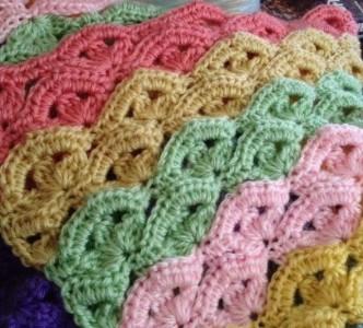 Irish Wave Baby Afghan Crochet Pattern