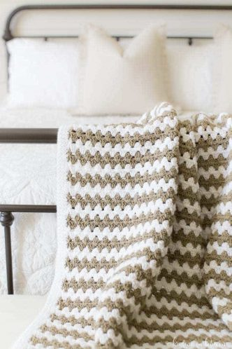 Simple Granny Stripe Afghan Crochet Pattern