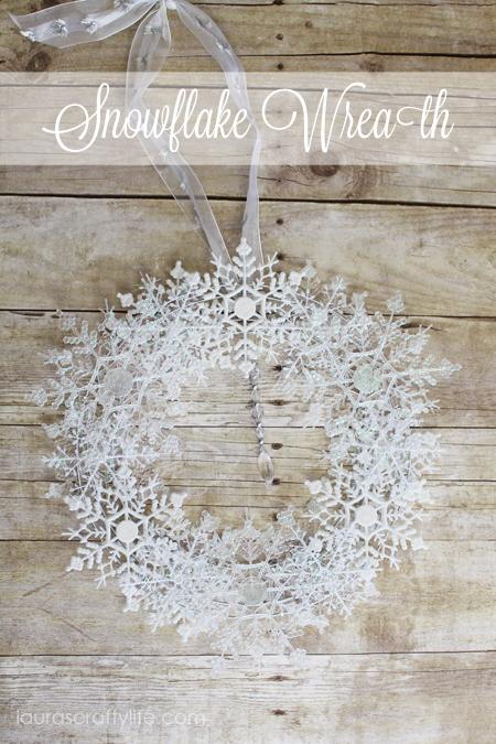Easy Snowflake Wreath