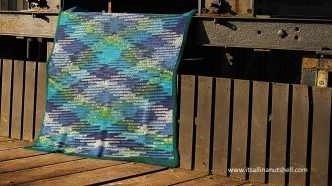 """Ice Waves"" Argyle Color Pooling Blanket – Free Crochet Pattern"