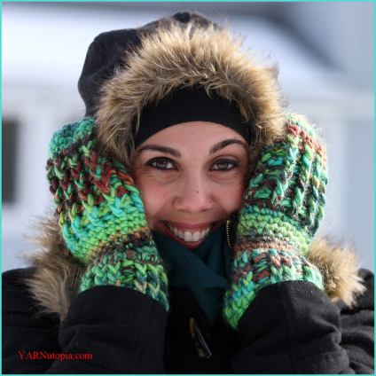 Nadia's Wonderfully Warm Mittens Crochet Pattern